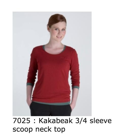 7025 Kakabeak three quarter sleeve scoop neck top